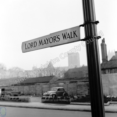 Lord Mayor's Walk, Sign, York